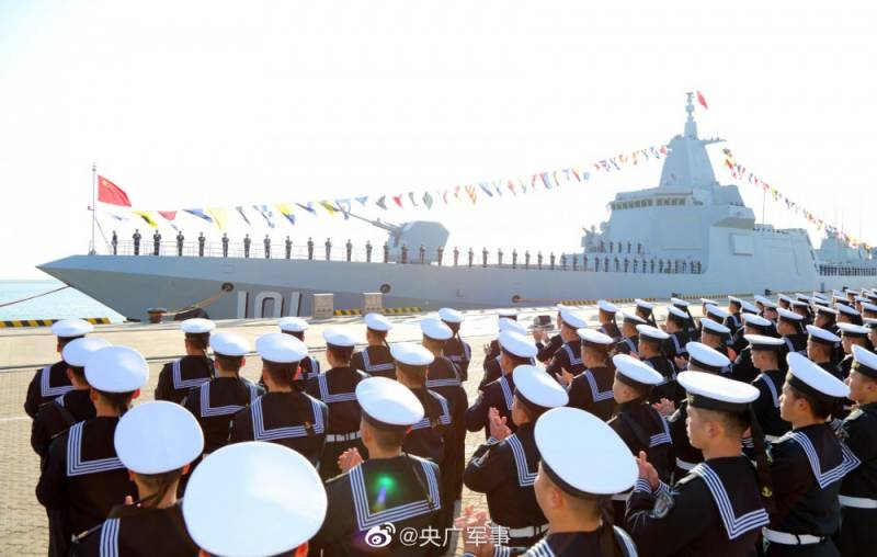 Морской гигант «Наньчан»: Китай бросает вызов Штатам?